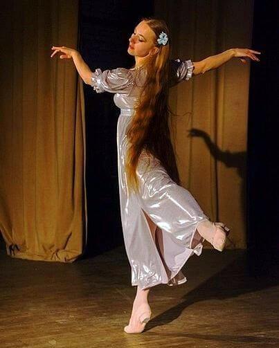 поющая балерина