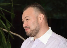 Виталий Калашник