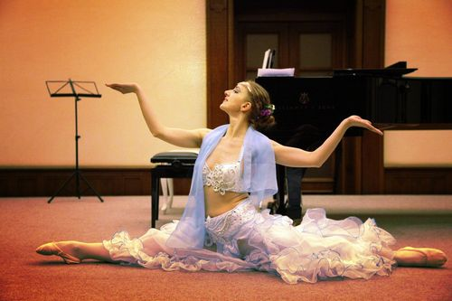 Евдокия балерина поющая