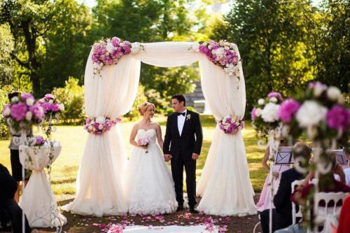 Registratsiya-svadby-na-prirode